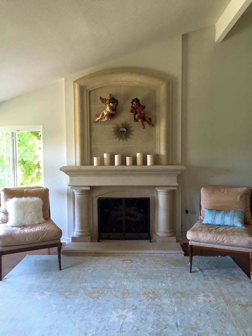 Fireplace mantel 403